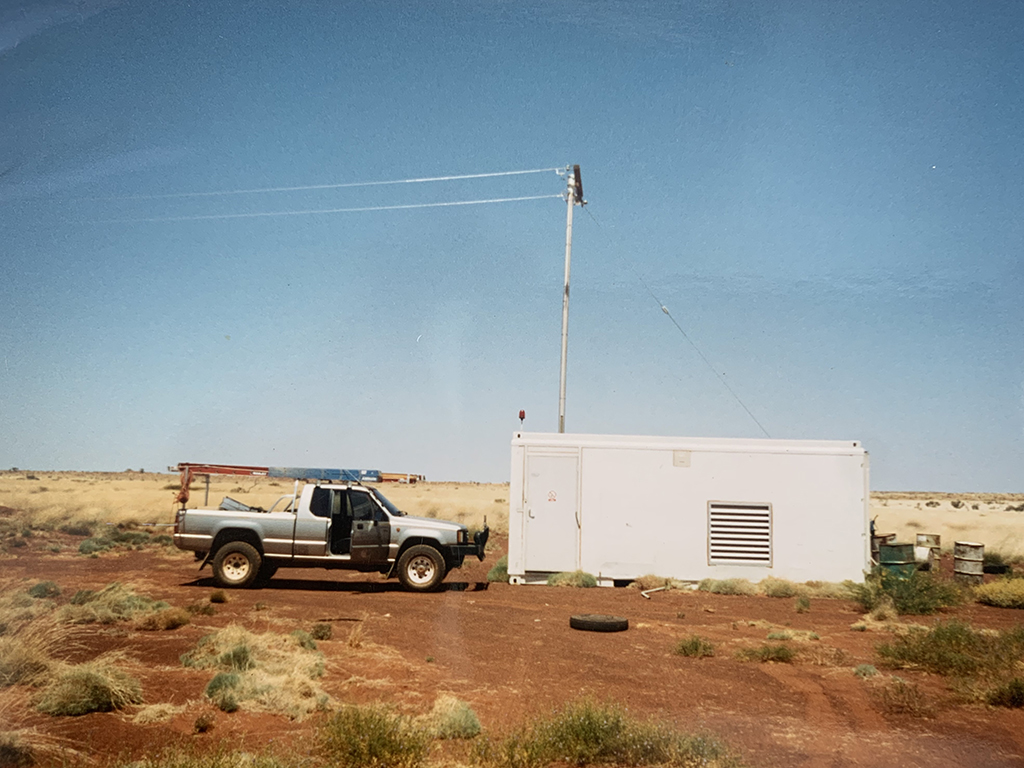 Containerised hybrid power statiion near Jigalong